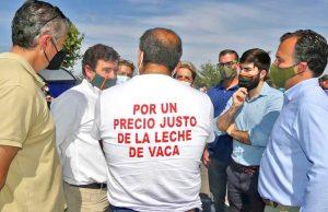 Tres-diputados-nacionales-de-VOX-acuden-a-la-manifestacion-de-ganaderos-de-Talavera-revista-love-talavera