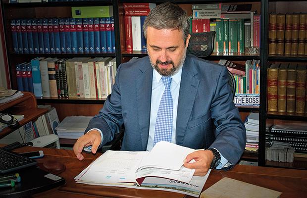 aequitaslegis-abogados-derecho-talavera-madrid-febrero-tarjetasrevolving-lovetalavera-revistalove-revistatalavera