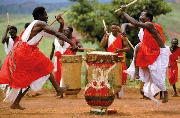 agendacultural-africa-jun16-revista-talavera-love