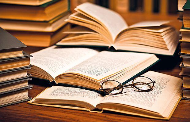 antonio-rubio-obtiene-un-premio-literario-revista-love-talavera