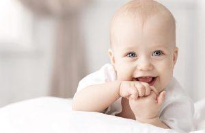 articulobebes-regurgitacion-bebe-pedrocamacho-salud-saluddelbebe-lovetalavera-revistalove-revistatalavera-clinica