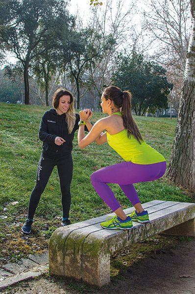 entrenando-con-grace-barroso-sentadillas-susan-fitness-revista-love-talavera