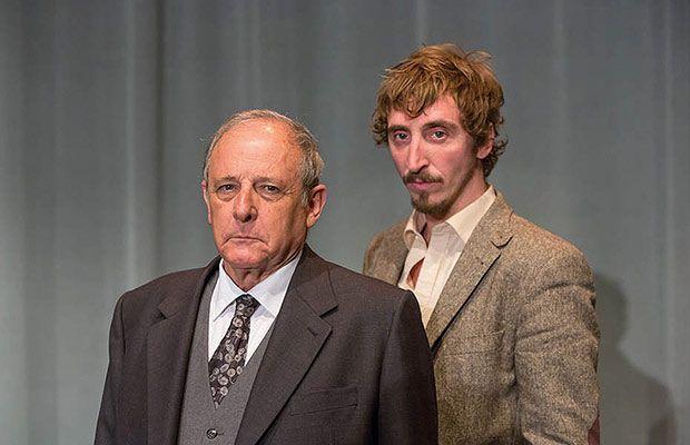 lamujerdenegro-obra-teatro