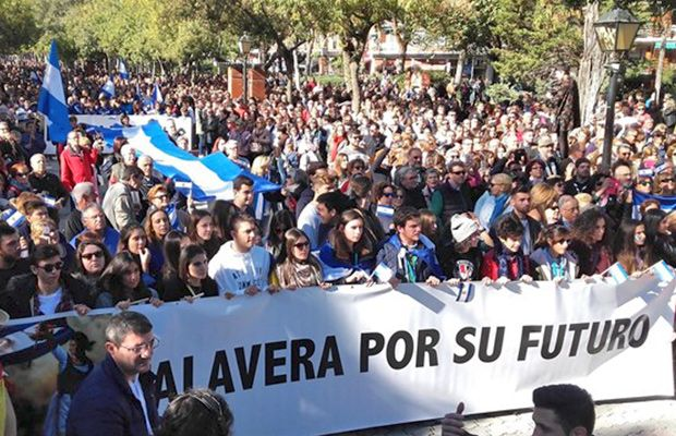 manifestacion-11n-talavera-revista-love-talavera