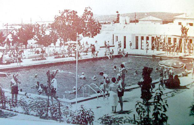 La piscina de patrocinio for Piscinas talavera