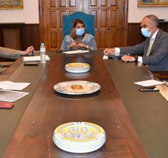 reunión con Salud Pública nuevas medidas específicas