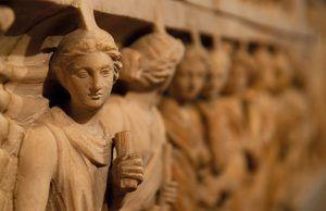 sarcofago-romano-revista-talavera-love