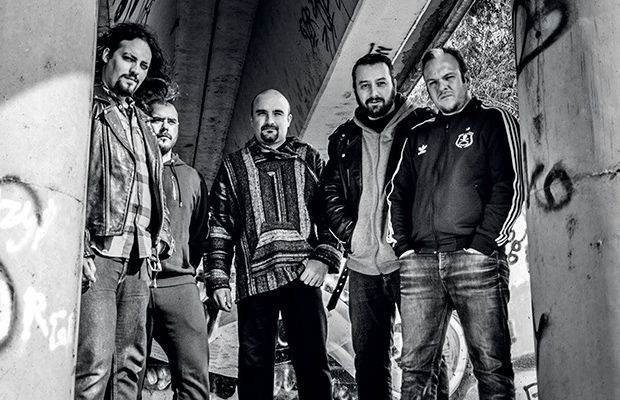 staka-grupo-musica-revista-love-talavera